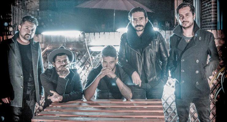 Revolver Plateado: «No hay pose solo nos conectamos entre la banda y tratamos de ser lo mas sinceros posibles»